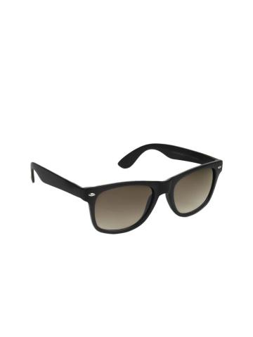 Upto 70% off on Men's and Women's Sunglasses