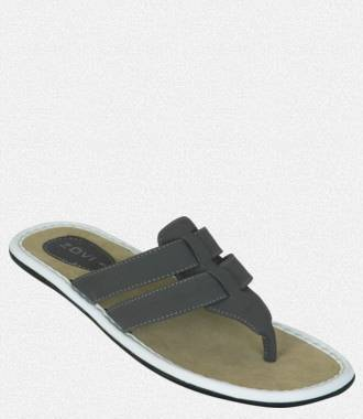 Upto 70% Off on FlipFlops,Snekars,Sandals for Men & Women