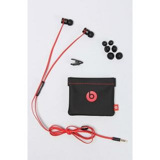 Beats Earphone at Rs 290.